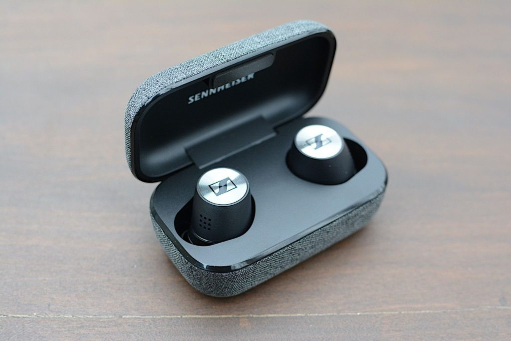 Sennheiser Momentum true wireless 2 vs 1